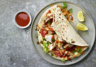 chicken_kebab_wrap_35076_16x9
